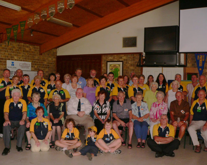Group Photo - Clan Reunion in Australia in 2010